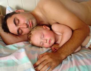 manly-men-co-sleep
