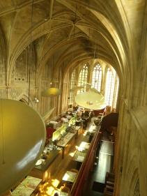 bažnyčia restoranas