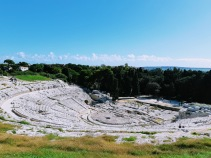 Sirakuzai-amfiteatras-R (1)